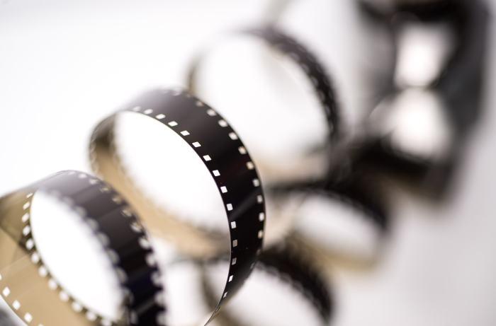 film-2233658_1920-min