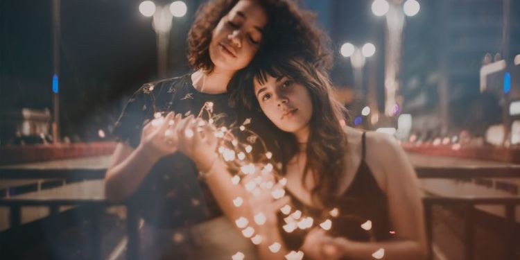 friends with fairy lights